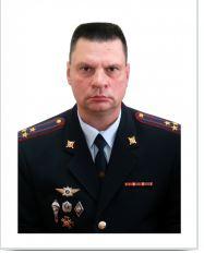 Ниолаев В.В. — заместитель начальника Уральского юридического института МВД РФ в Екатеринбурге