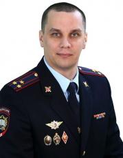 Заместитель начальника УЮИ по организационно-воспитательной работе — Чистяков Э.А.