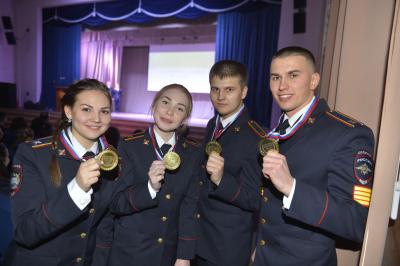 Студенты Восточно-Сибирского института МВД
