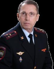 Заместитель начальника УЮИ по кадрам — Хабибов Р.Р.