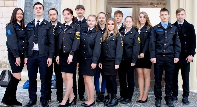 Работа в полиции после 9 класса девушке психодинамическая девушка модель в практике социальной работы